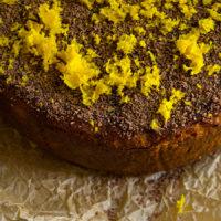 Простой пирог с творогом и маком