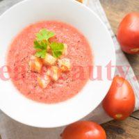 Лёгкий холодный суп в стиле гаспачо