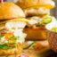 Гамбургер с курицей и сочной начинкой