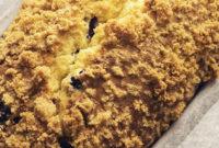 Очень лимонный кекс с голубикой и штрейзелем