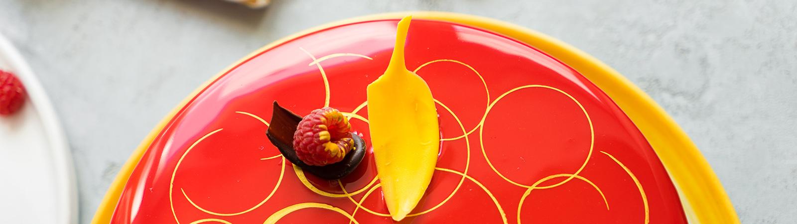 """Муссовый торт """"Китайский Император"""" с малиной, грушей и шоколадом"""